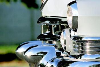 """Los """"Dagmar Bumpers"""", típicos en los 50 (fuente: hemmings.com)"""